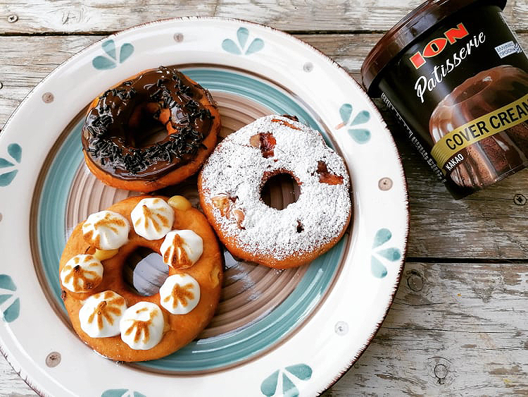 Donuts με γάλα βρώμης και ΙΟΝ Cover Cream