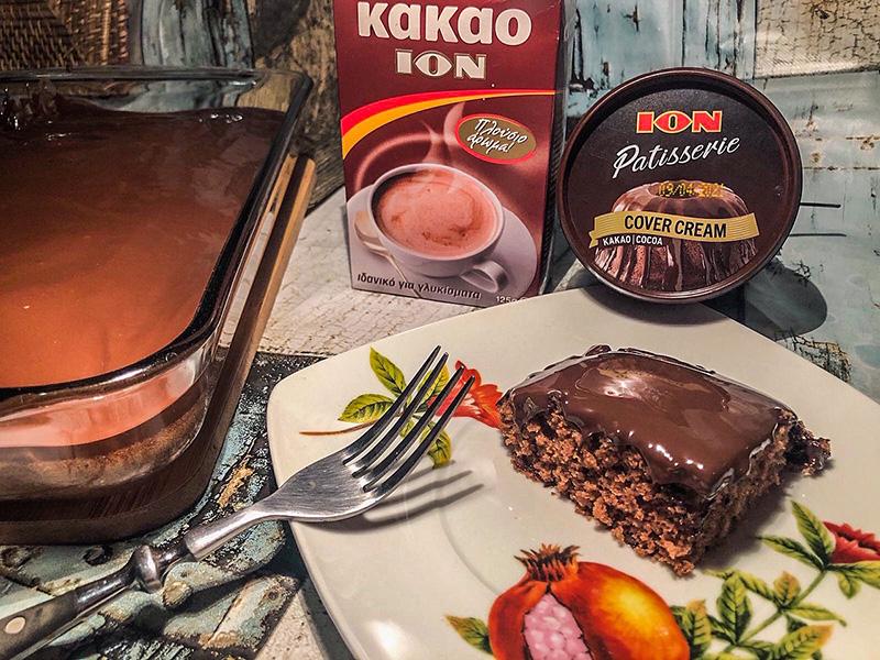 Eύκολο λεπτό κέικ σοκολάτας με επικάλυψη ΙON Patisserie Cover Cream