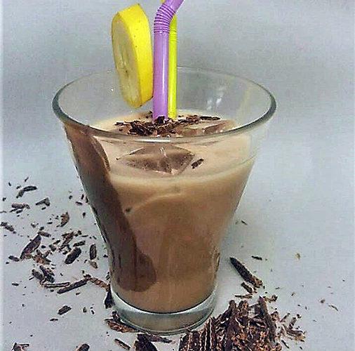 Milkshake με Nucrema ION και μπανάνα