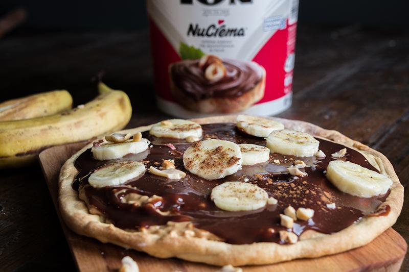 Pizza με Φυστικοβούτυρο, Nucrema και Μπανάνα